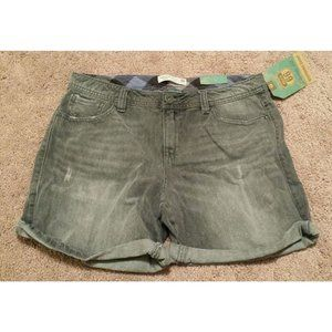 *5/$20NWT Women Size 6 32x7 Distressed Jean Shorts